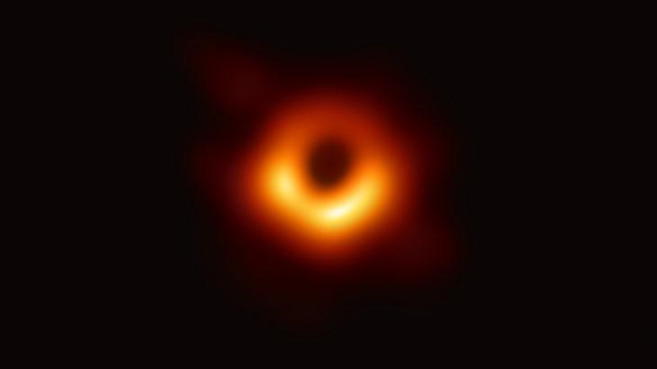 ブラックホールの撮影に初めて成功 国際共同研究チーム