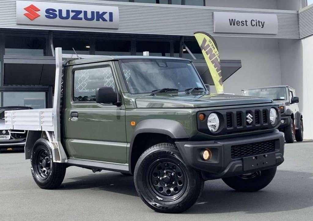 ニュージーランドのスズキディーラー ジムニーベースのピックアップトラックを販売
