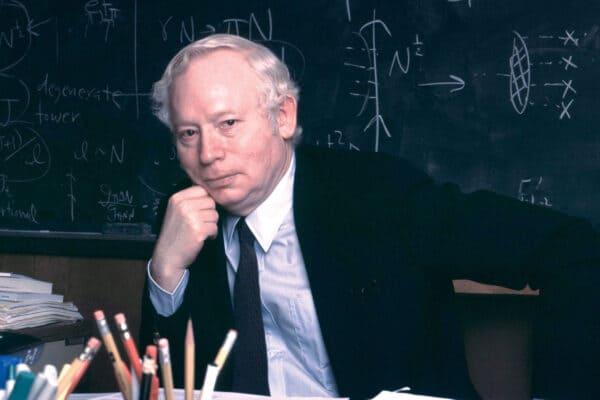 理論物理学者 スティーブン・ワインバーグ氏 死去 標準模型の構築に貢献